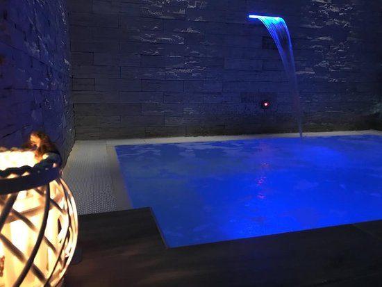 piscina-idromassaggio